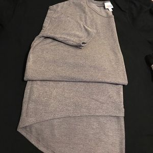 LulaRoe Top Size S Color Gray